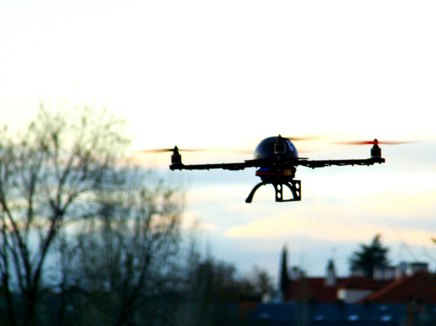 Como usar VANTs (DRONES) na Agricultura