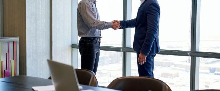 En una era en la que las organizaciones tratan con un cliente más informado, poderoso y exigente, nunca ha sido más crucial ser flexible, dinámico y especializado en el tema