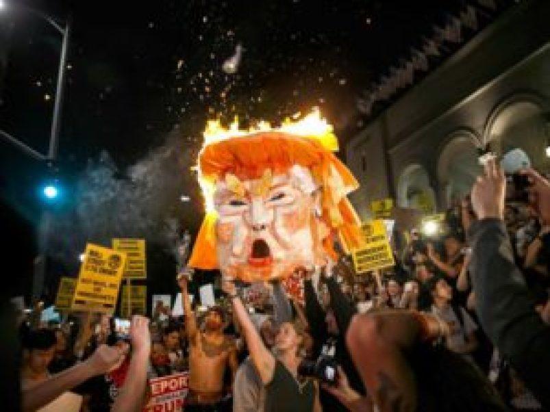 people-burning-donald-trump-efigy