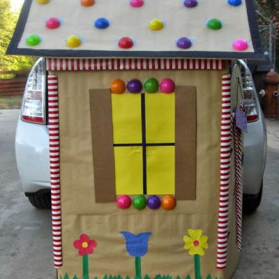 Trunk or Treat Candy Cottage