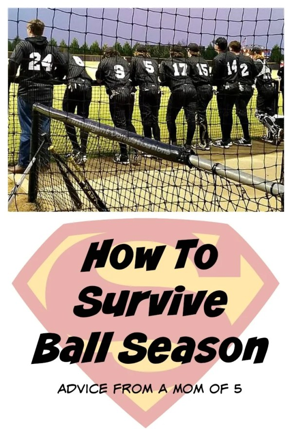 How To Survive Little League Season with children. Organization is necessary but there are some tips you can use when you have multiple children playing sports at one time. How this Mom of 5 Survives Little League Season. #littleleague #Momtips