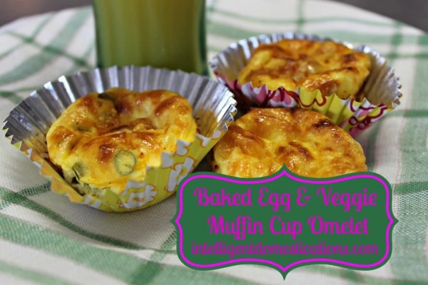 Baked Egg & Veggie Muffin Cup Omelets served by intelligentdomestications.com #eggsinmuffintin #bakedeggsinmuffincups #eggbake