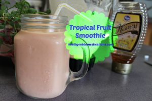 Super Easy Tropical Fruit Smoothie Recipe.intelligentdomestications.com #tropicalfruitsmootie #easyfruitsoothie #fruitsmoothie