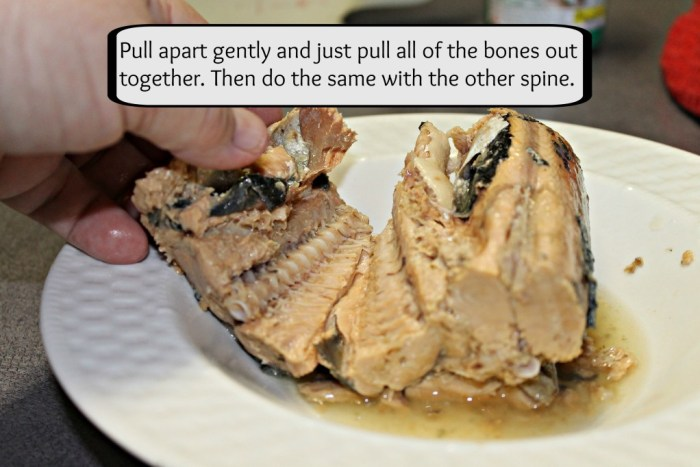 Removing bones from canned salmon