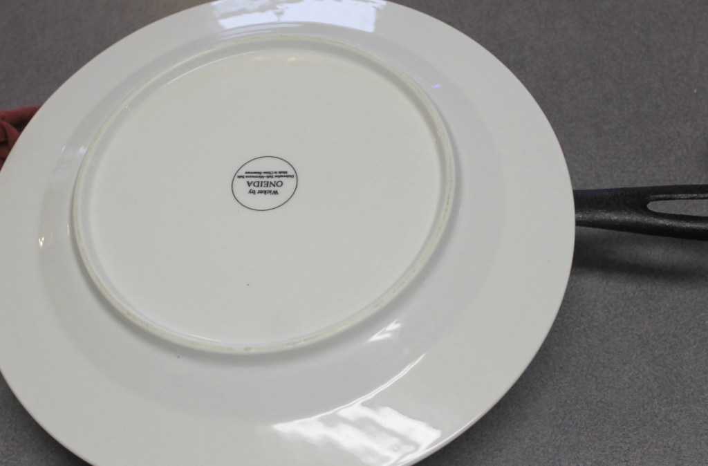 Place a plate onto the skillet and turn over carefully to reveal the bottom which is now the top.intelligentdomestications.com