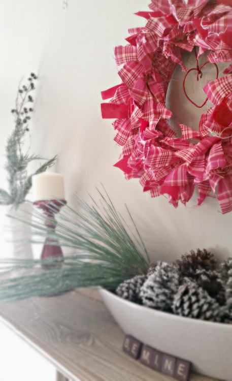 DIY Valentine's Rag Wreath project