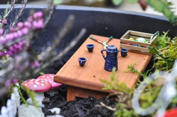 DIY toadstool ideas for your fairy garden.