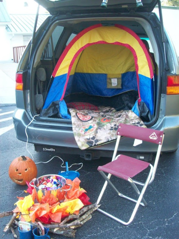 Camping themed Trunk or Treat. 21 Clever Trunk or Treat Ideas.21 Clever Trunk or Treat Ideas. Trunk or Treat design ideas. Trunk or Treat