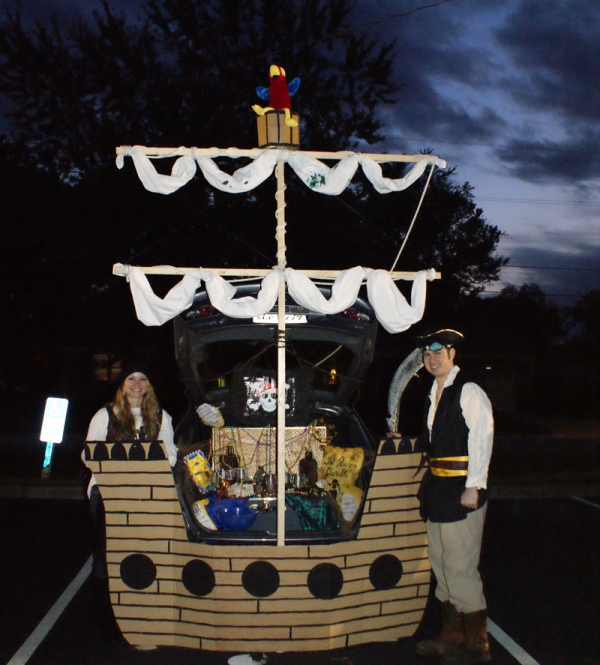 Pirate Ship Trunk or Treat design. 21 Clever Trunk or Treat Ideas. Trunk or Treat