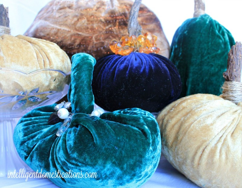 Velvet Pumpkins are an easy DIY project using scissors, needle and thread. You do not need a sewing machine to make your own Velvet Pumpkins.