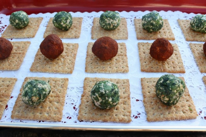 Easy Recipes for Mini Cheese Balls.1www.intelligentdomestications.com