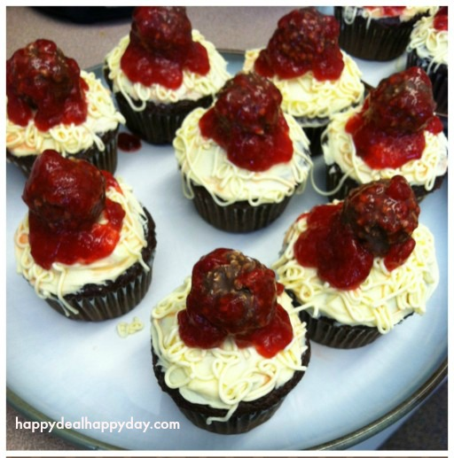 Spaghetti and Meatballs cupcakes from happydealhappyday.com. April Fools food idea