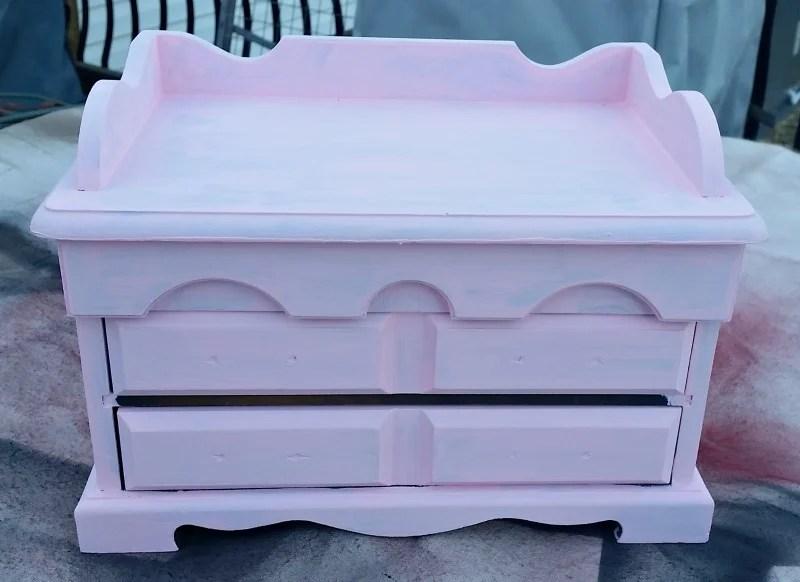 Jewelry Box pink coat of paint
