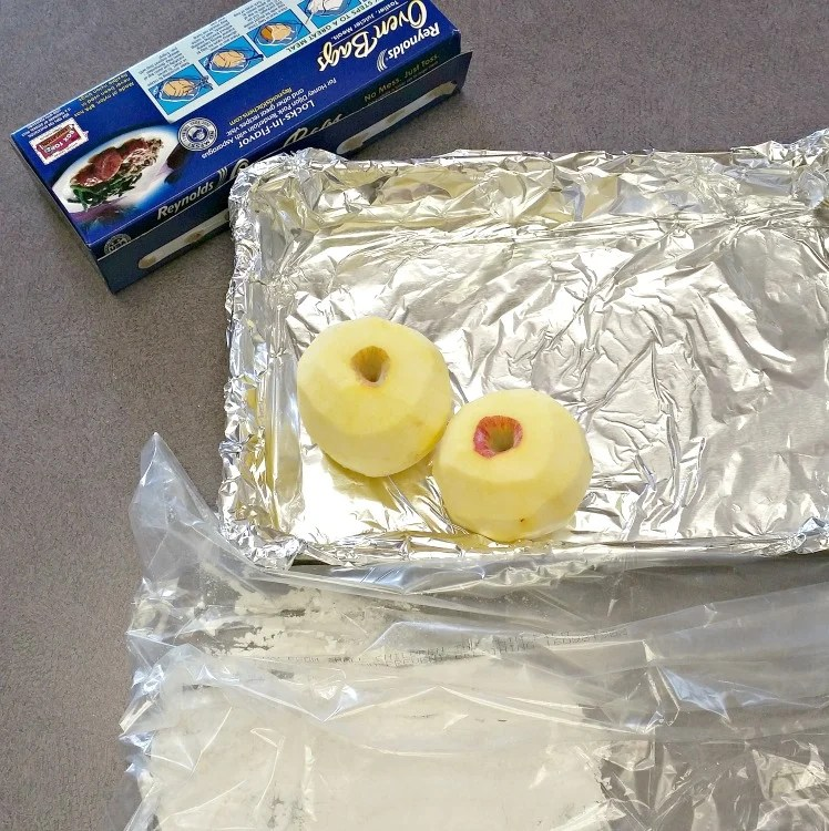 line-a-pan-with-foil-place-flour-in-the-oven-bag-peel-and-core-two-apples-intelligentdomestications-com