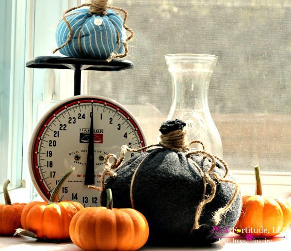 no-sew-fabric-pumpkins-at-pink-fortitude
