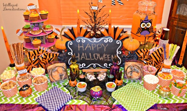 Not So Spooky Halloween Party Table. Food and Decor for a Not So Spooky Halloween Party. Chevron print party decor. #halloweenparty