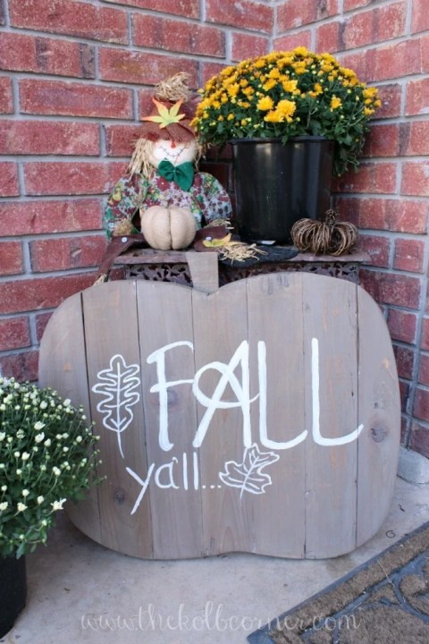 wooden-fall-pumpkin-kolb