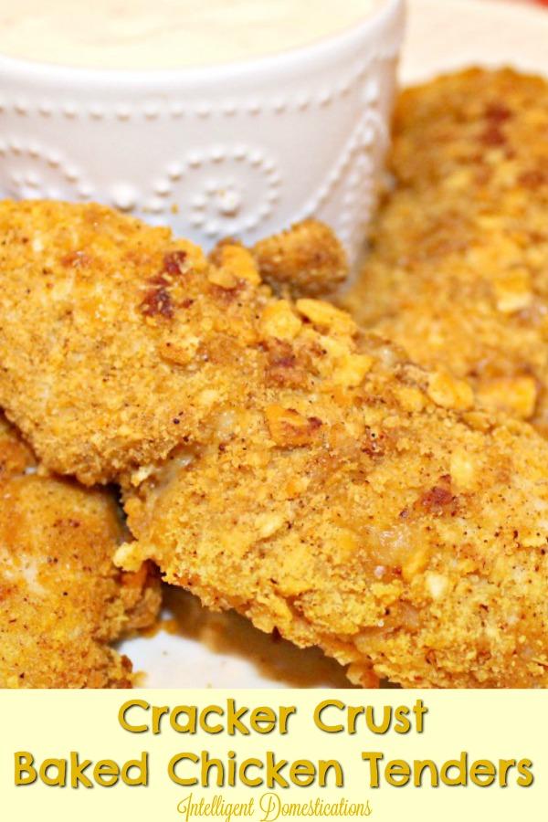 Cracker Crust Baked Chicken Tenders. Cheeze-It Crusted Baked Chicken Tenders recipe. #lunchrecipe #bakedtenders #bakedchickentenders