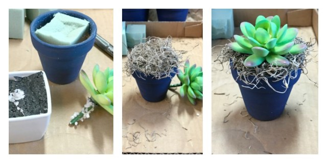 How To Make A Terra Cotta Flower Pot Wreath with Succulents. Painted Mini Clay Pots filled with Faux Succulents create an Americana Wreath for Summer door decor. Grab your glue gun! #wreath #claypotcraft #paintedflowerpot #Succulentwreath