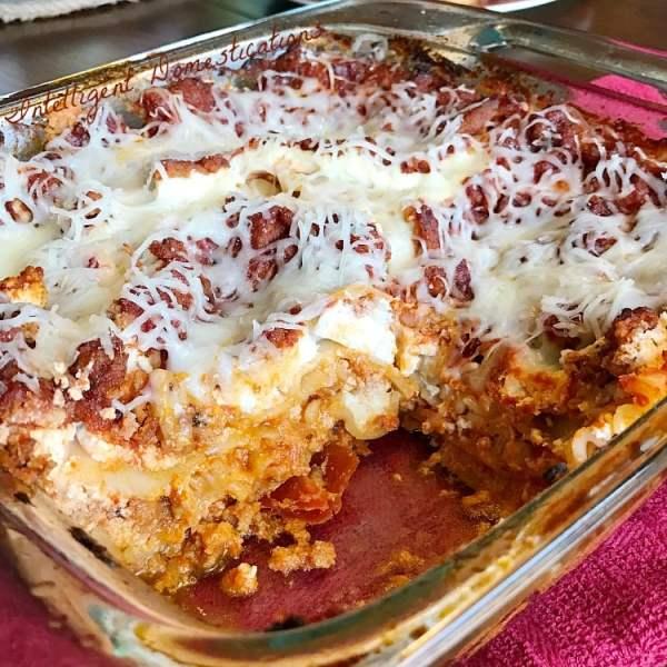 Classic lasagna recipe. Easy recipe for classic lasagna. Lasagna recipe