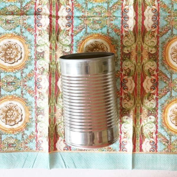 How to decoupage a can with a patterned napkin. Decoupage can. DIY decoupage can.