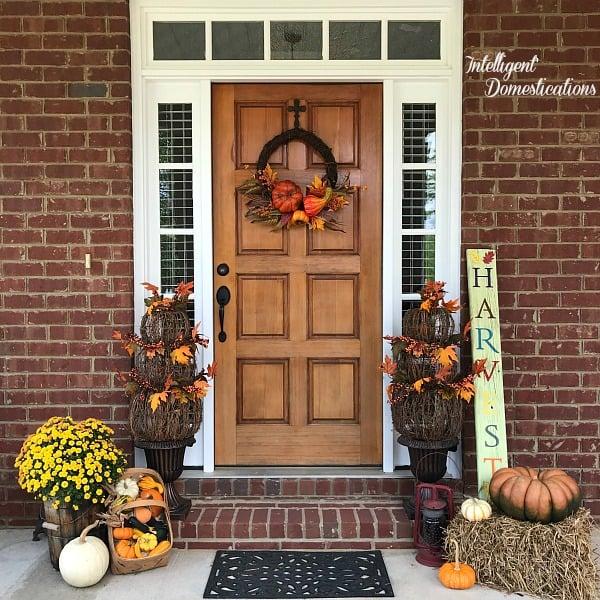 Fall Front Porch Tour. Fall front porch decor ideas. Fall porch decor.