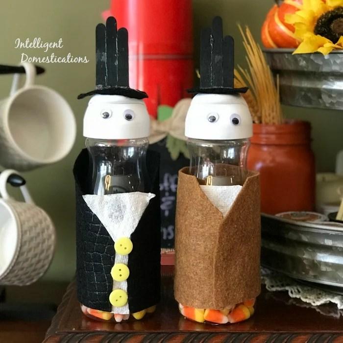 Creamer Bottle Thanksgiving Pilgrim Kids Craft. How to make Pilgrims with coffee creamer bottles. Creamer bottle kids craft ideas.