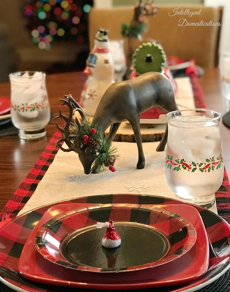 Buffalo Plaid Christmas Table Setting Intelligent