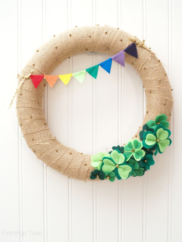 St. Patrick's Day Shamrock Wreath DIY project
