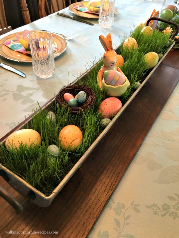 How to create a grass centerpiece for your Easter table decor