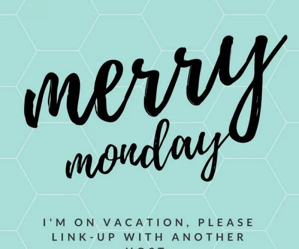 Merry Monday Link Up Party for Bloggers. Bloggers networking. Blog Hop