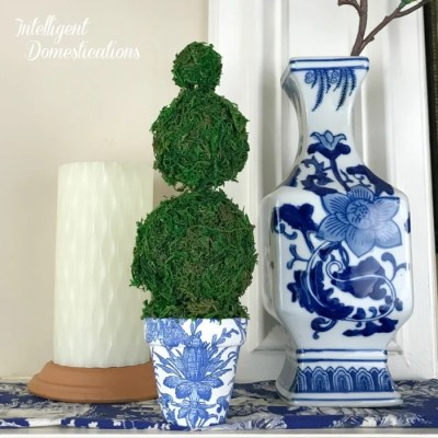 DIY Blue and White Moss Ball Topiary