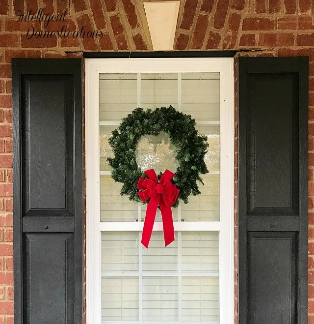 Easy Way To Hang Outside Window Wreaths