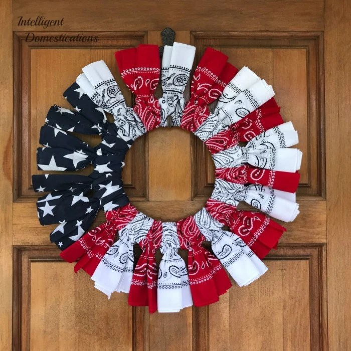 Make A Red White and Blue Bandana Wreath