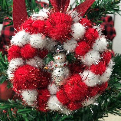 Make This Red & White Pom Pom Mini Wreath Ornament
