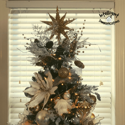 Simple Silver & Gold Christmas Tree Decorations