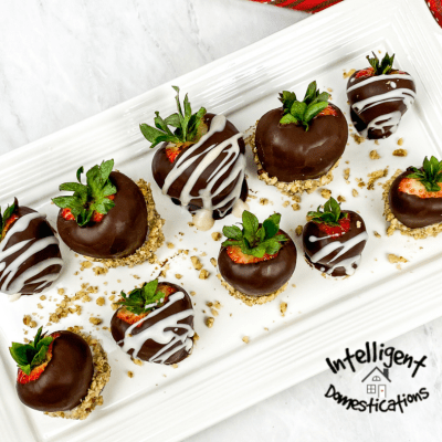 Chocolate Covered Strawberries Easy Recipe