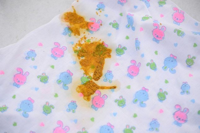 stains-baby-cloth