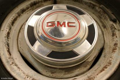 Opposition Motors 1977 GMC Sierra Grande (5)