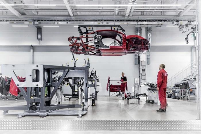 2015-AudiR8V10Plus-108