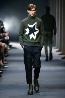 neil-barrett-2015-16-aw-menscollection_QTQgN4Q