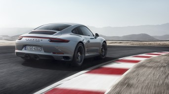 2018-Porsche-911-GTS-9