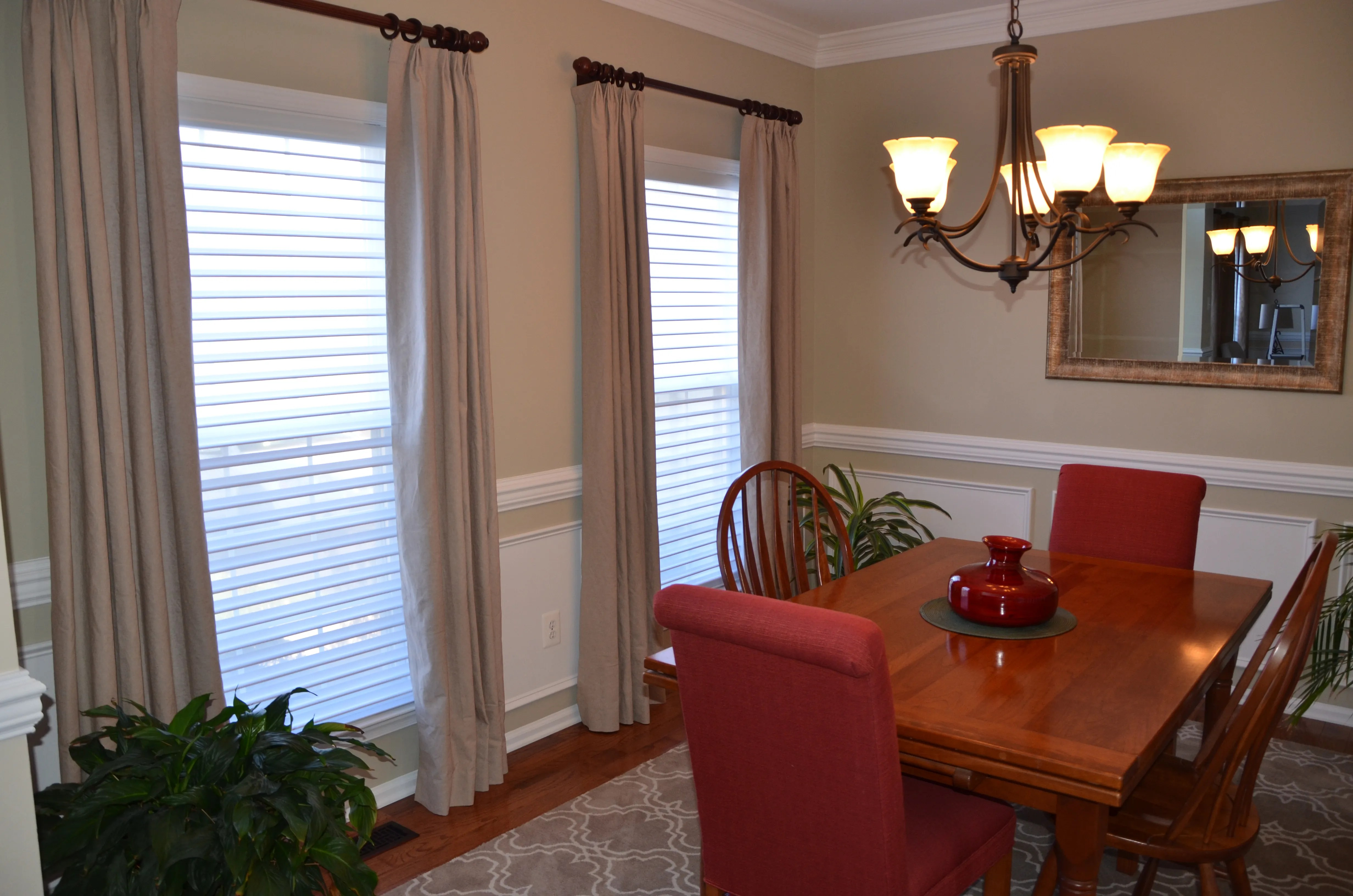 Dining Room by Intentional Designs, Inc. Photography by dreams come true productions.