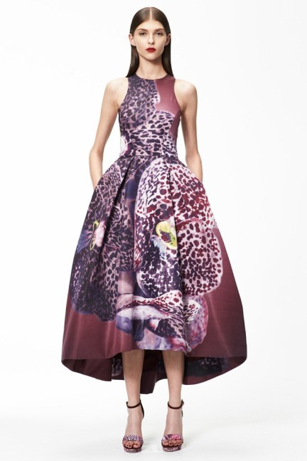 Trend Watch: Dark Floral Fabrics, Monique Lhuillier Pre-Fall 2015