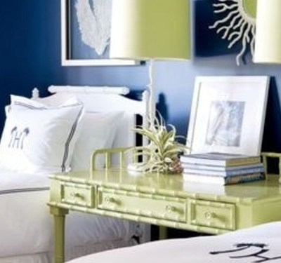 3 Ways to Decorate with Blue and White