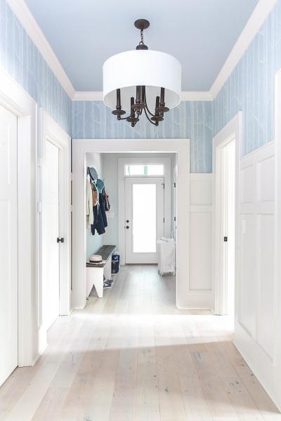 HGTV Urban Oasis Hallway Paint Colors