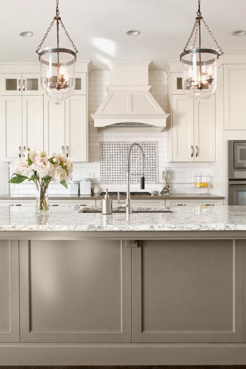 2018 Kitchen, two-tone cabinets