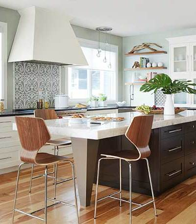5 White Kitchens, Just for the fun of it!