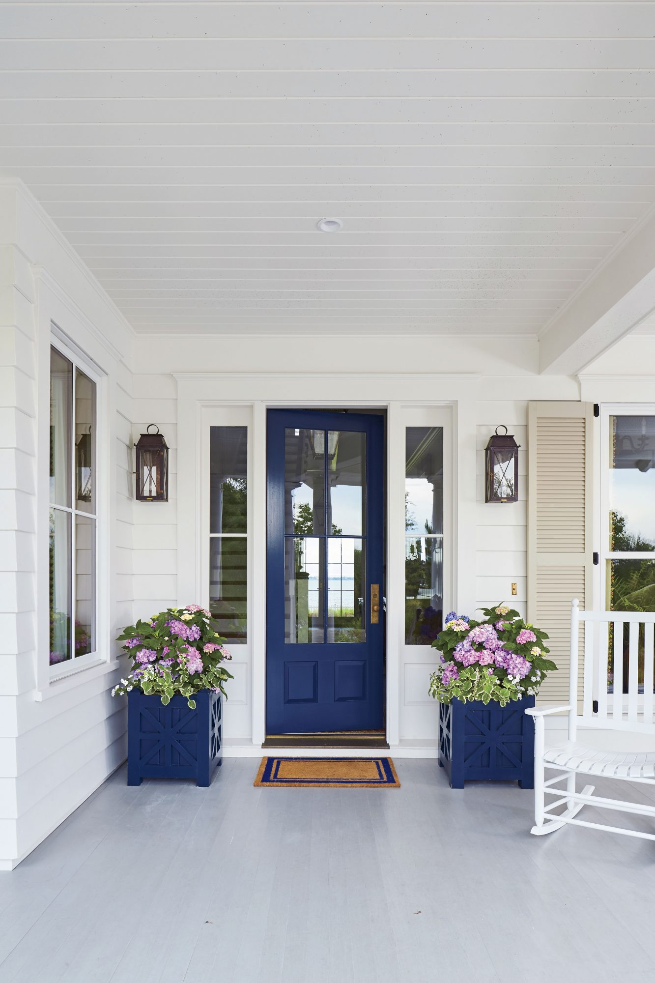 painted porches, painted outdoor furniture