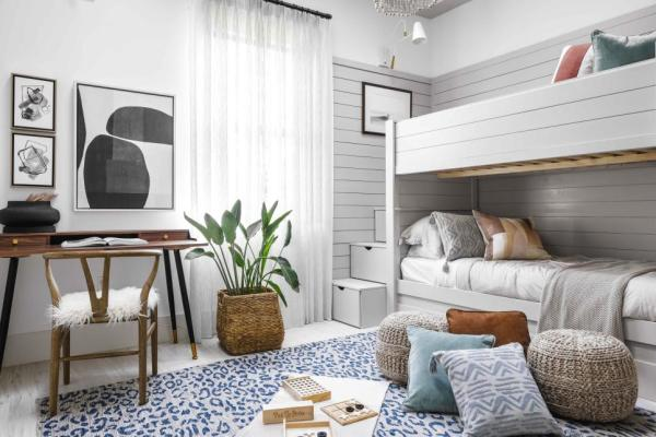 HGTV Smart Home 2021, Bunk Bed Room, Paint Color, Walls, Extra White HGSW4005, Ceiling, Alpaca HGSW2467